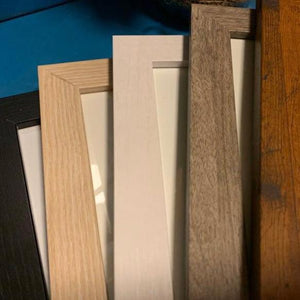 5 frame color choices: black, blonde, white, gray, and honey