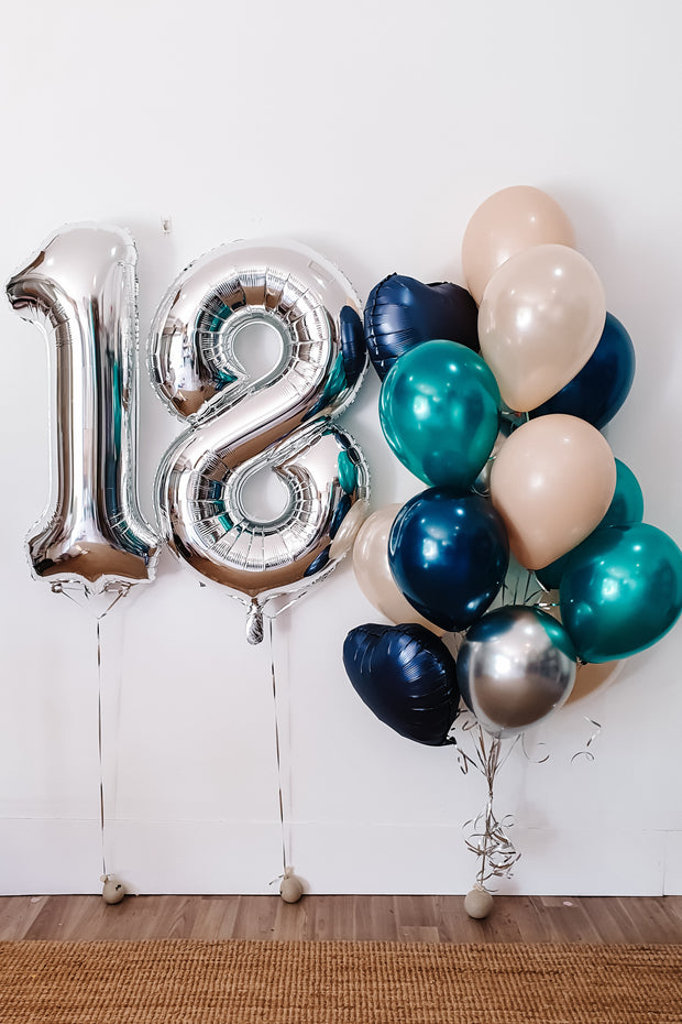 [INFLATED] Bouquet + Giant Foil Number
