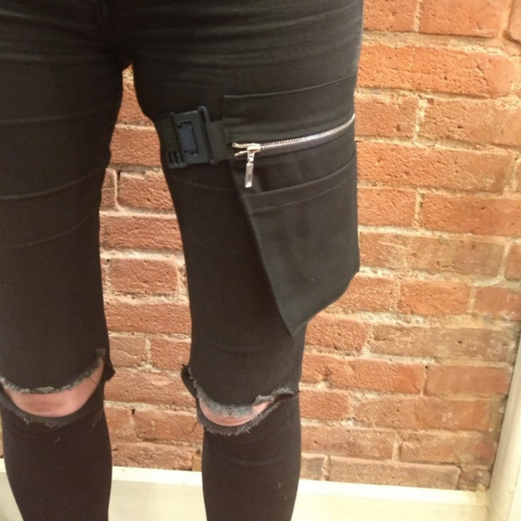 The VM Thigh Holster