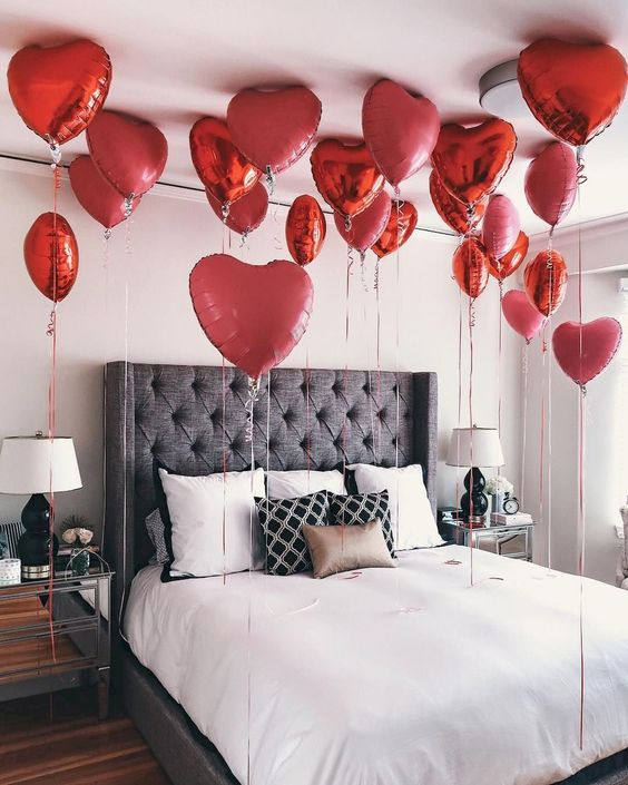 Red Heart Shaped Valentine Foil Balloons