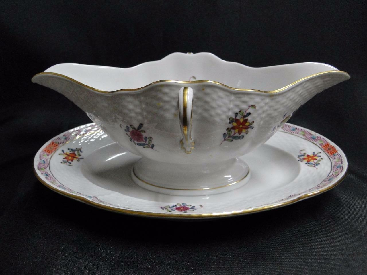 Herend Chinese Bouquet Multicolor AF: Gravy Boat with Attached Underplate 234