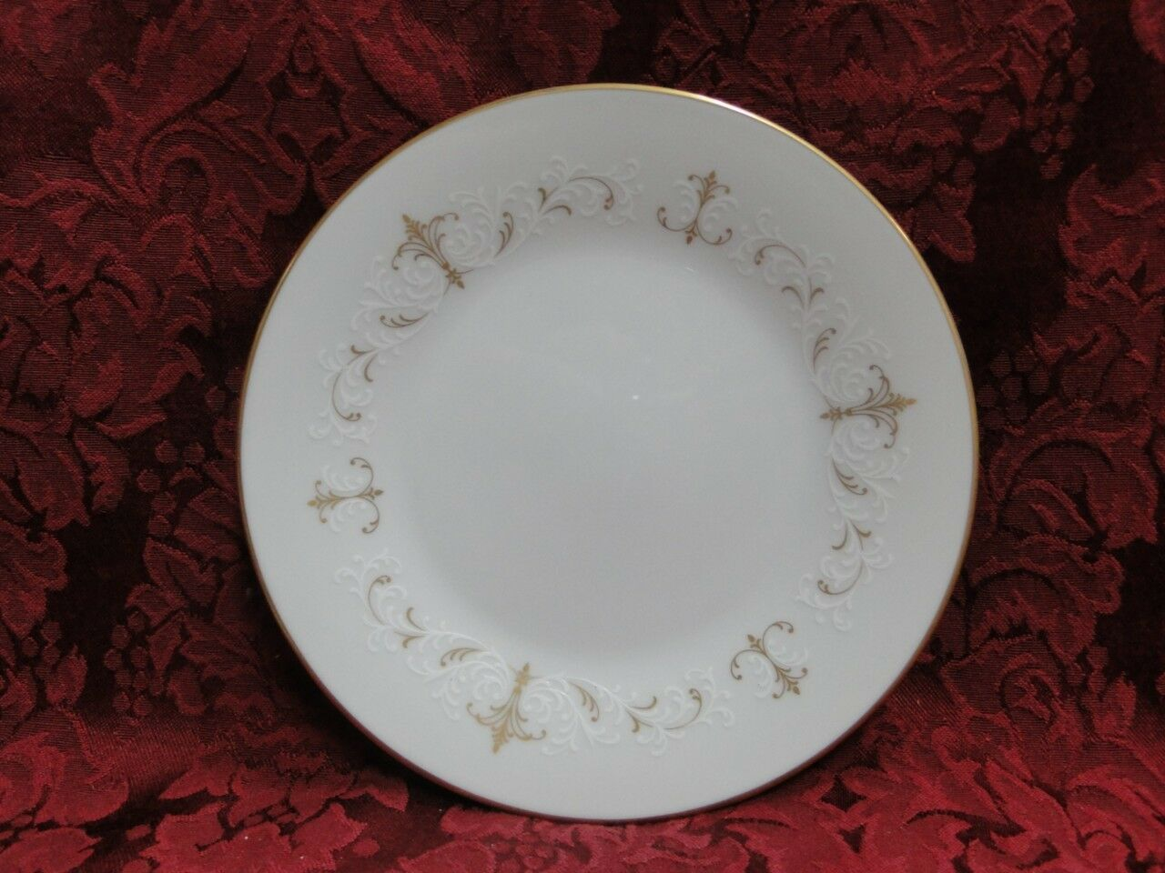 Noritake Courtney, 6520, Gold & White Scrolls: Bread Plate (s), 6 3/8""