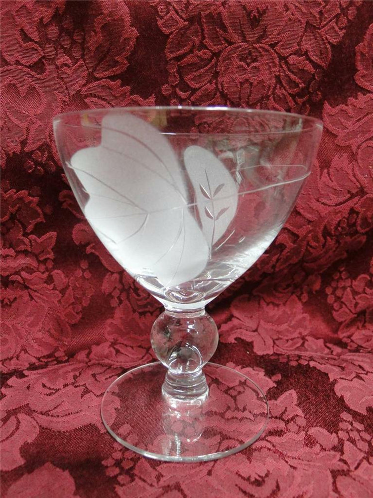 McBride Cameo, Frosted Leaves: Wine (s) 4 5/8""