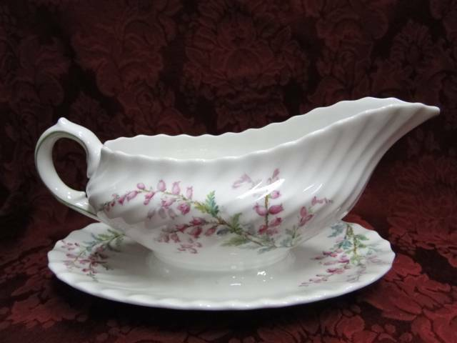 Royal Doulton Bell Heather, Pink Flowers, No Trim: Gravy Boat w/ Underplate