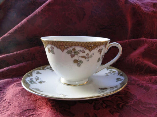 Royal Doulton Lynnewood, Leaves, Brown Edge: Cup & Saucer Set (s)