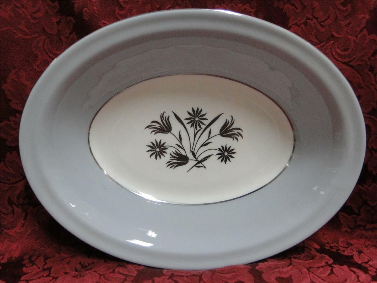 Royal Doulton Kingsmere H4909, Gray Band, Platinum Flowers: Oval Vegetable Bowl