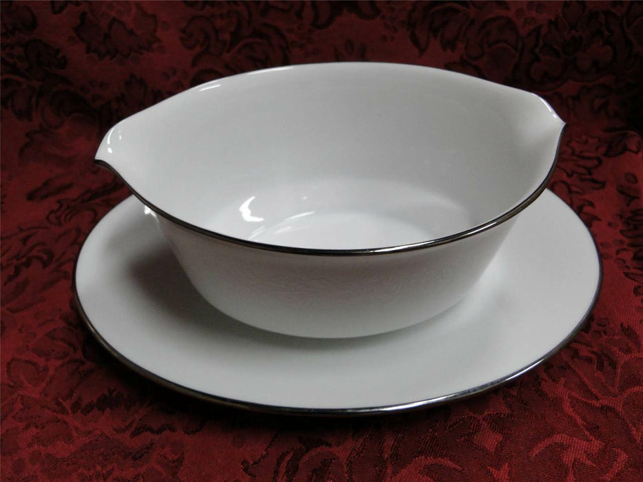 Noritake Reina, 6450Q, White Flowers & Leaves : Gravy Boat w/ Attached Plate