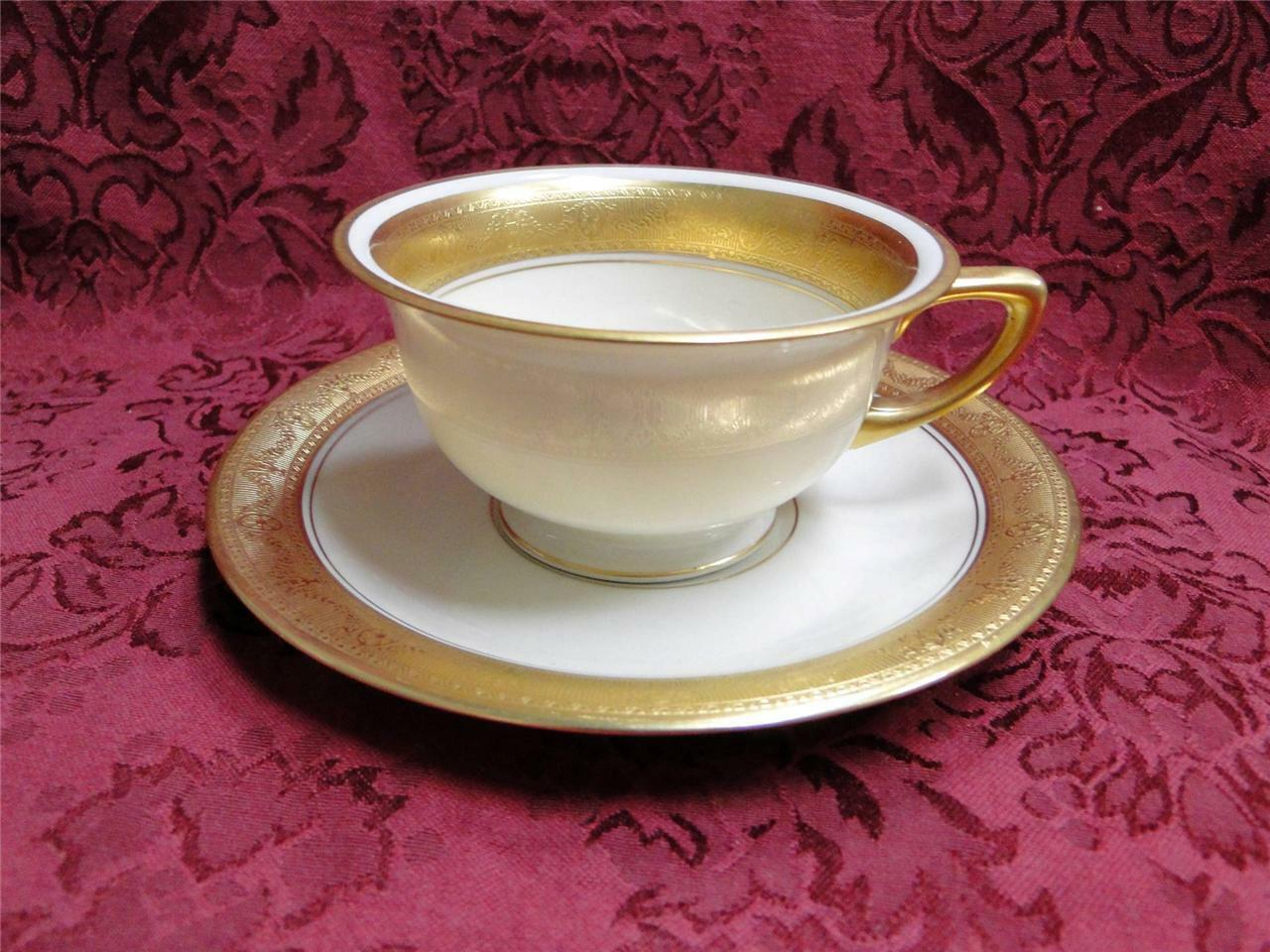 Pickard / Heinrich Pic67, Encrusted Gold Urns & Flowers: Cup & Saucer Set (s)