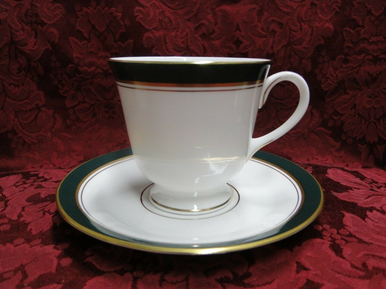 Royal Worcester Howard Leather Green, Gold Trim: Cup & Saucer Set (s)