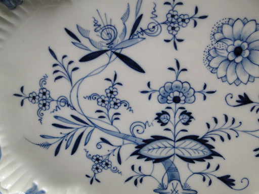"Meissen Blue Onion, ""X"" Backstamp: Oval Serving Platter with Ribbon 15 3/4"""