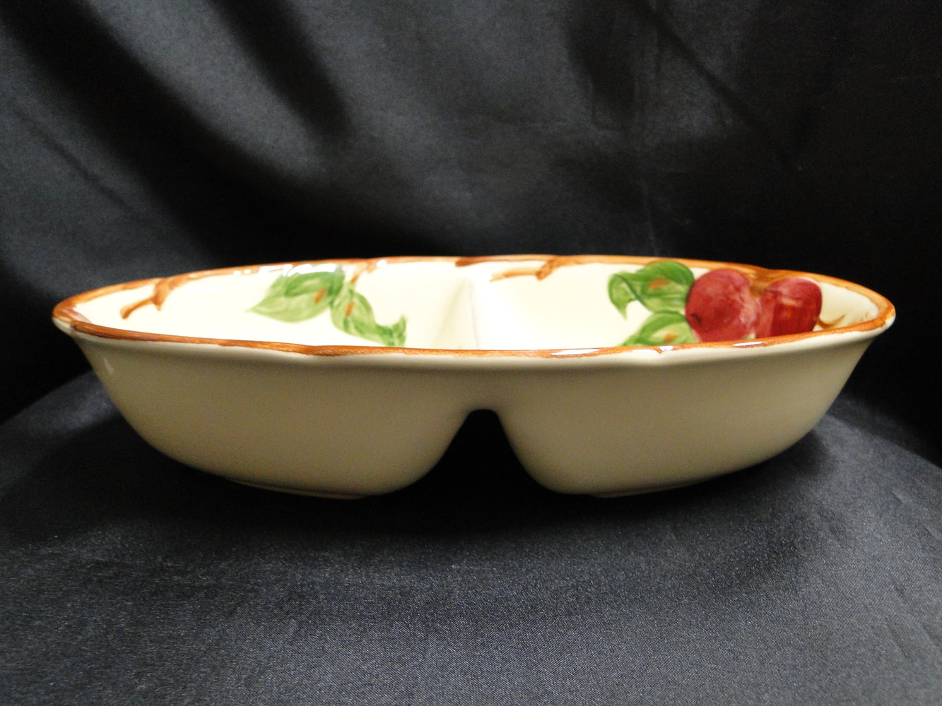 "Franciscan Apple, USA: Divided Serving Bowl (s), 10 7/8"" x 7"""