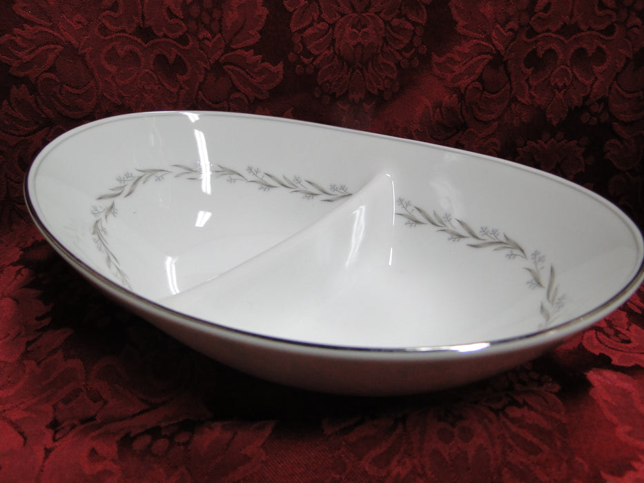 Noritake Almont, 6125, Blue Berries, Gray Leaves: Divided Serving Bowl