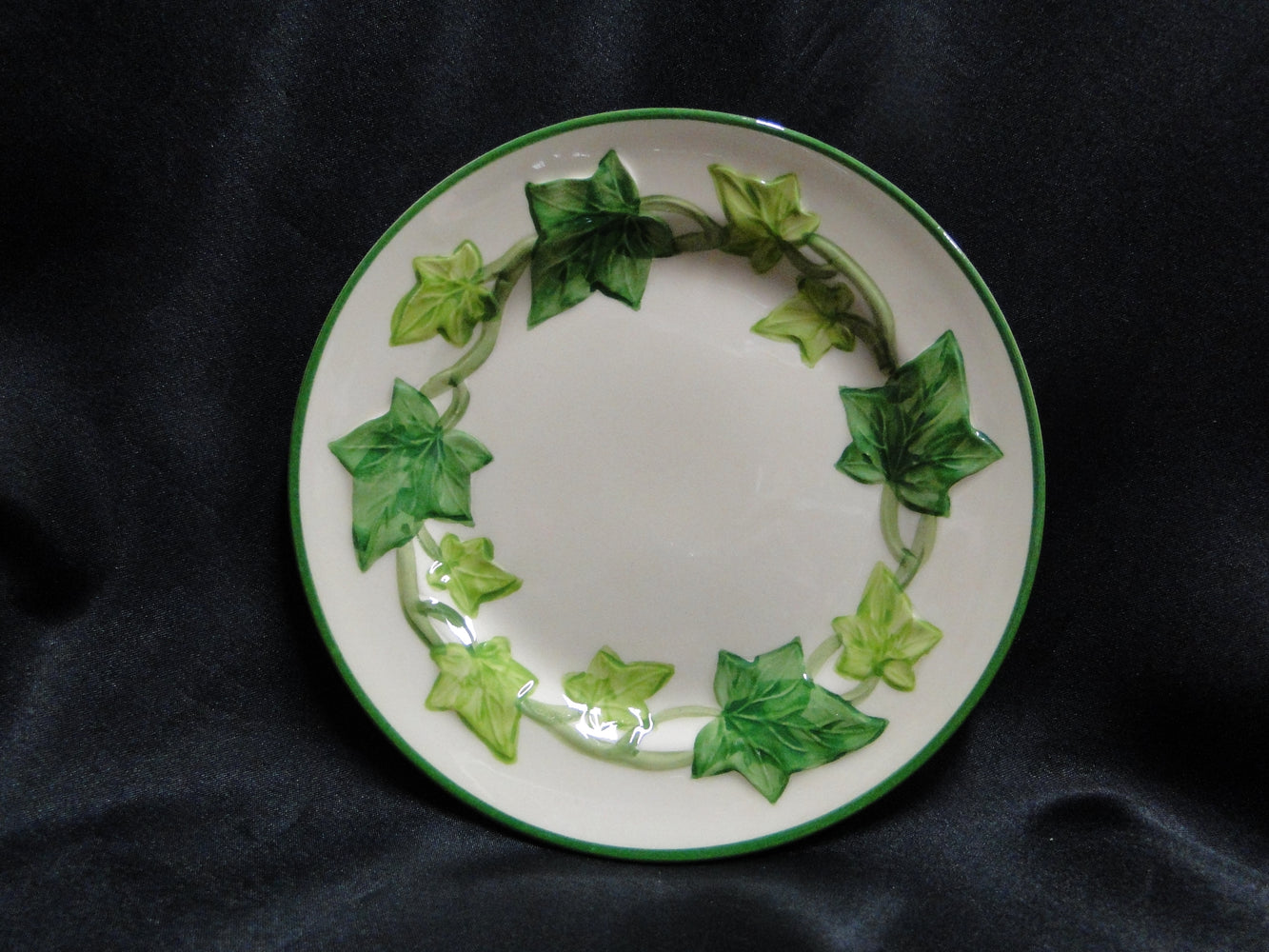 "Franciscan Ivy (USA), Green: Bread Plate (s), 6 3/8"", As Is"