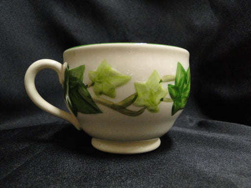 "Franciscan Ivy (USA), Green: Cup & Saucer Set, 2 5/8"", Nick"