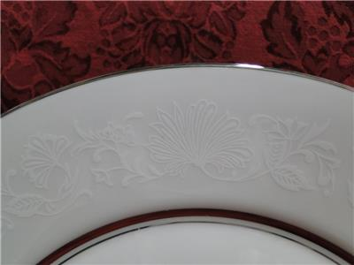 Oxford (Lenox) White Echo, Floral & Leaves, Platinum: Dinner Plate (s), 10 3/4""