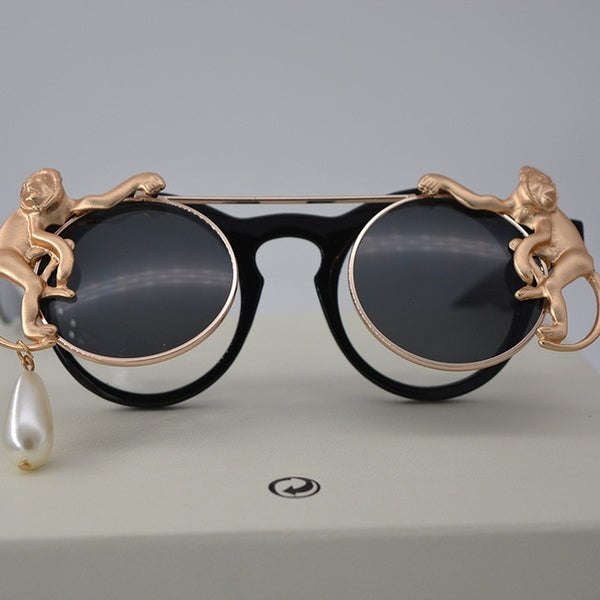 Lady Metal Gold Monkey Baroque Sunglasses Brand Metal Retro Leopard Frame Beach Metal Chain Pearl Round Sun Glasses for Women