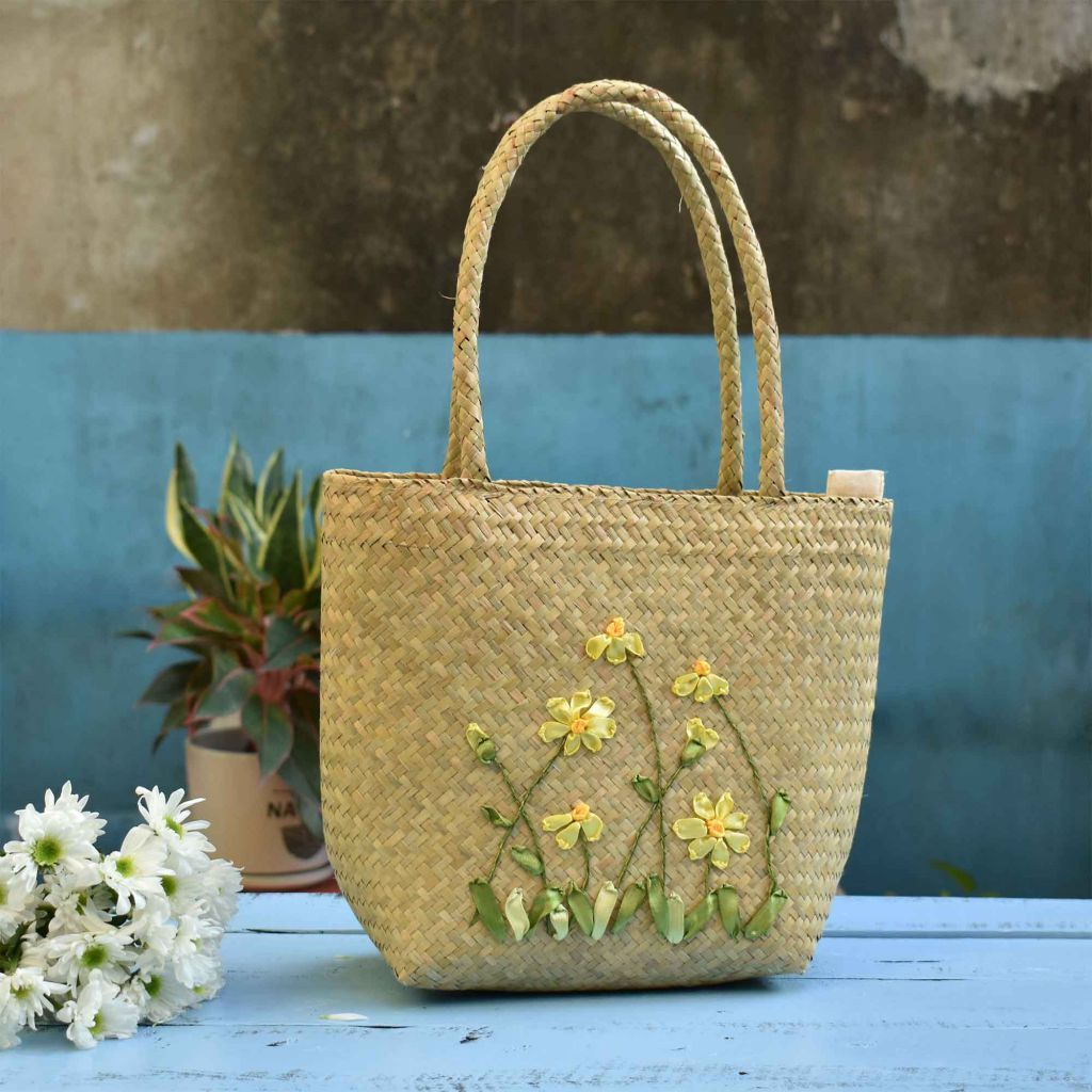 Ribbon Embroidery Flower Bag Straw Bag, Sedge Woven Bag, Beach Bag, Shoulder Bag - Saigonmade