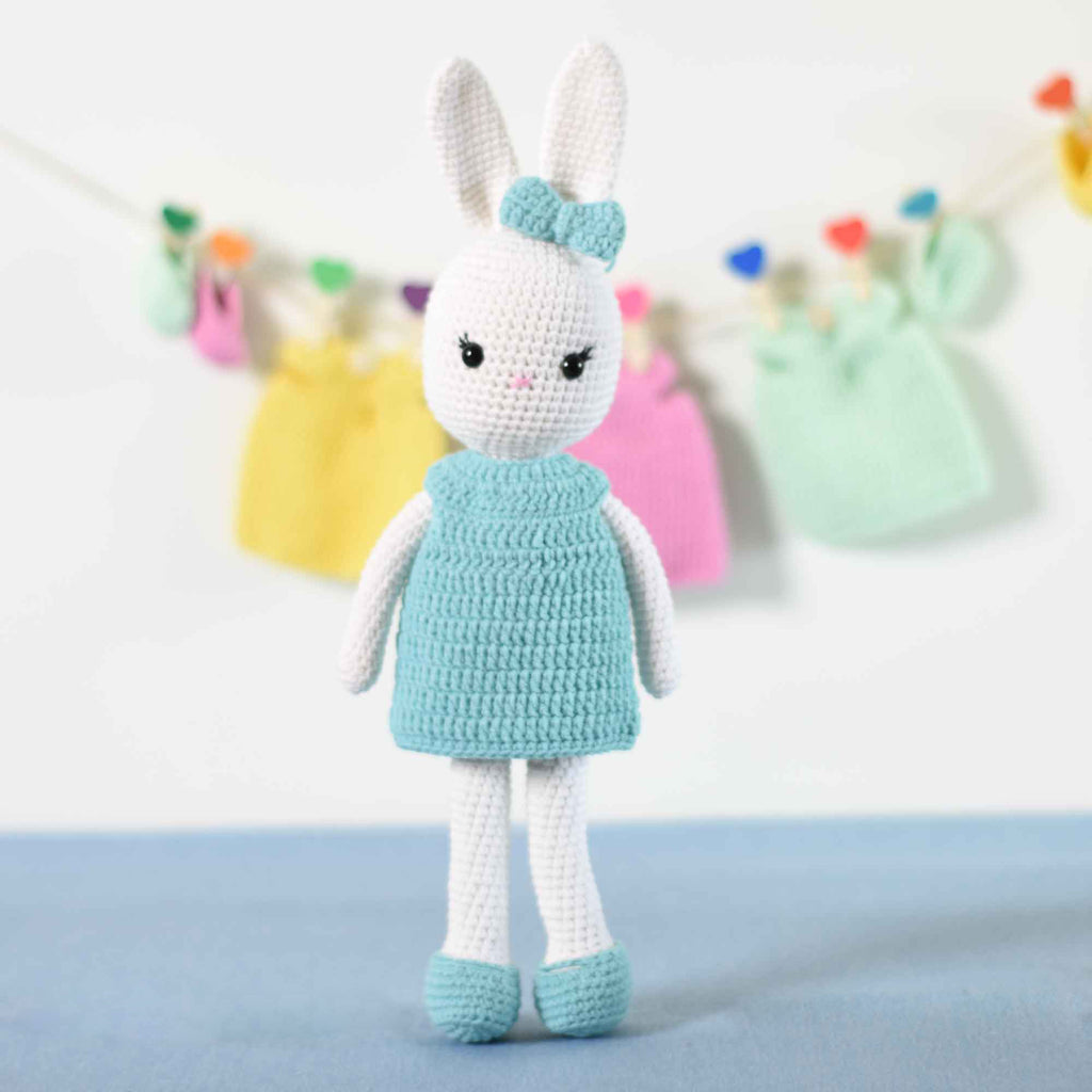 Crochet Amigurumi Bunny Doll With A Set Of 4 Dress, Sandals, Bow Tie Changeable - SaiGonDoll