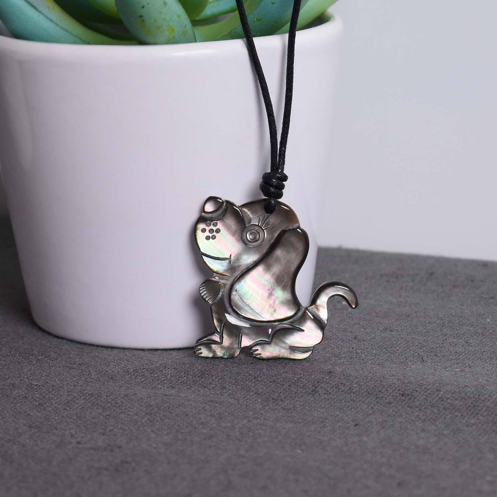 Cute Dog - Natural Sea Shell - Handmade Pendant Necklace Jewelry - Saigonmade