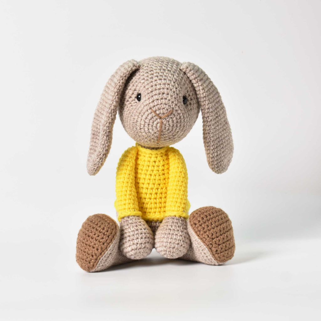 Amigurumi long-ear bunny crochet, crochet toy for a photo session, the newborn baby bunny, a birth or shower gift