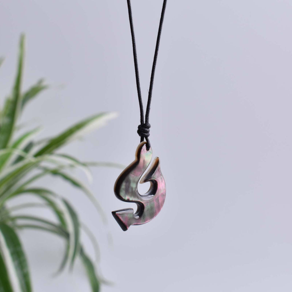 Sea Shell Maori Hook Handmade Charm Pendant Necklace Jewelry - Saigonmade