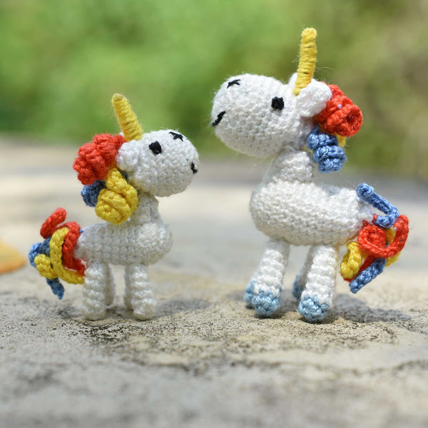 Tiny Unicorn Crochet , Amigurumi Unicorn, Rainbow hair , Micro crochet Handmade Toy, Unicorn Gift