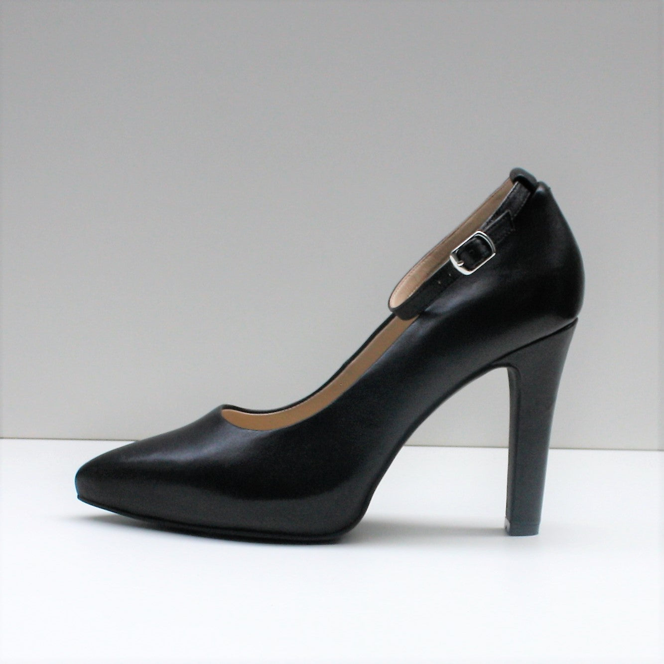 MAYA Black High Heel Pumps