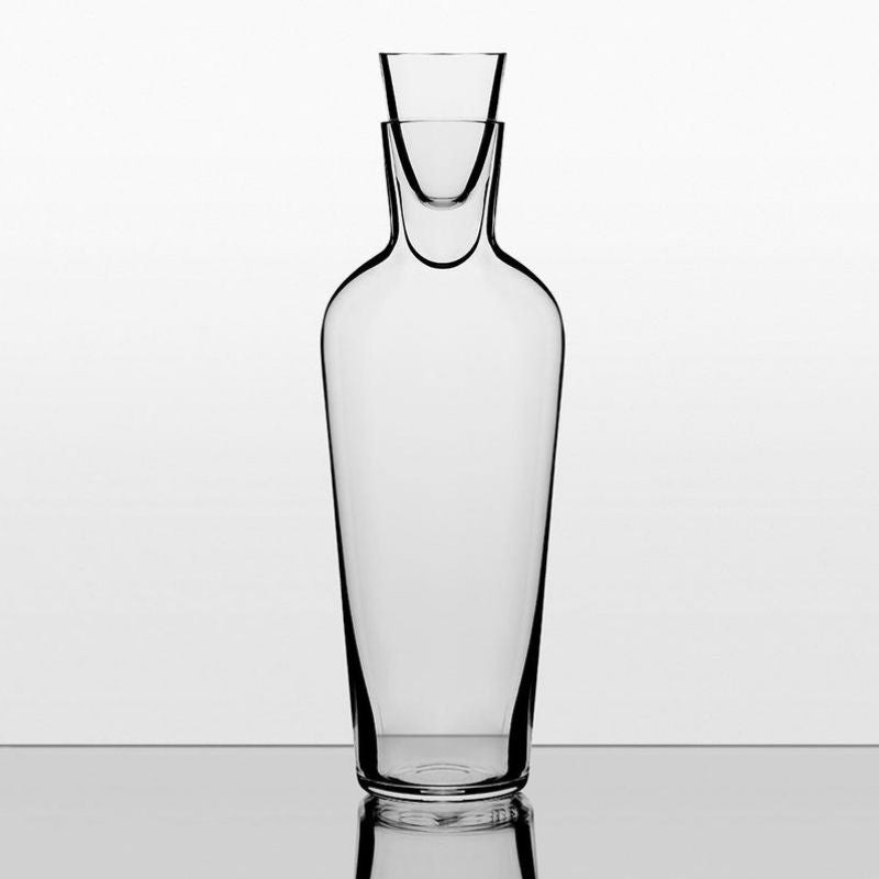 The Mature Wine Decanter