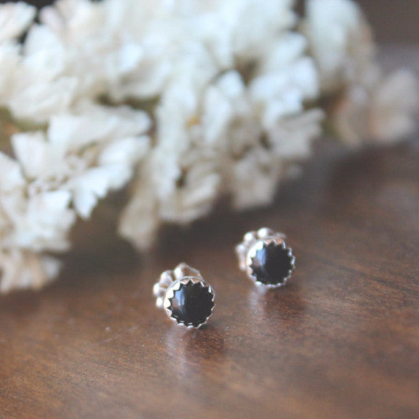 Stud Earrings | Sirius Onyx