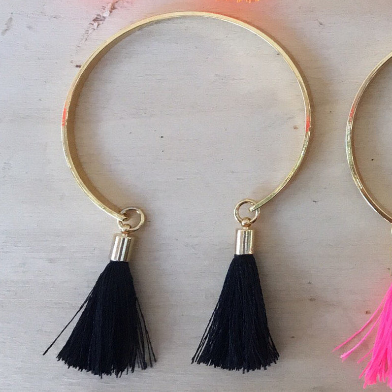 Bracelet | 16k Gold plated with two tassels