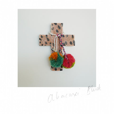 Jai Vasicek | Abacaxi Blush Mini Cross
