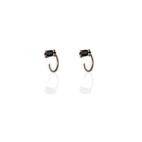Earrings | hugger hoops black Onyx