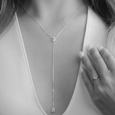 Necklace | White Zircon Droplet