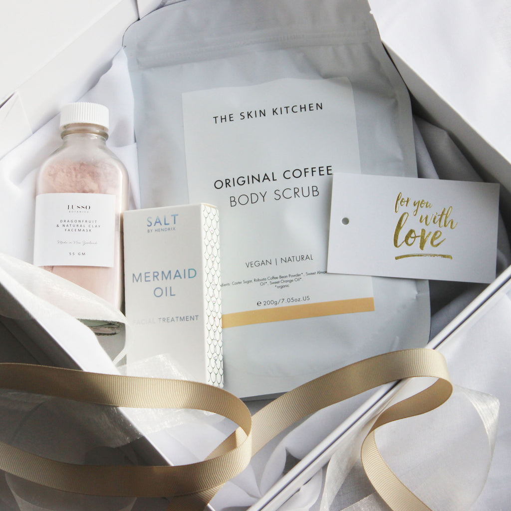 Luxury Gift | Scrub + Facial Oil & Mask