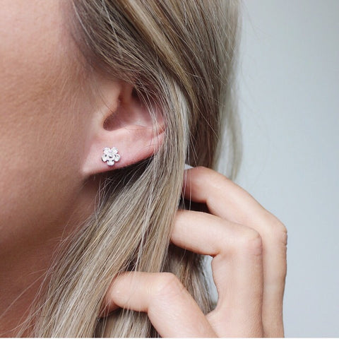 Earrings | Single Bloom Studs