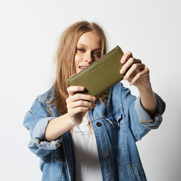 status Anxiety In the beginning wallet khaki