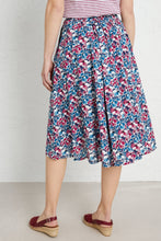 Load image into Gallery viewer, Seasalt Forsythia skirt in Samson flower charm - CW CW