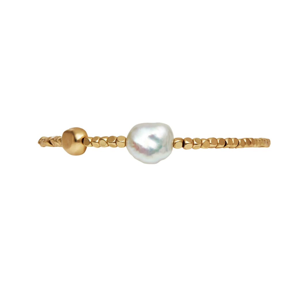Dansk Copenhagen Audrey pearl and metal chip bracelet in Gold - CW CW