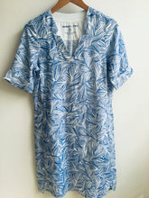 Load image into Gallery viewer, Sandwich Linen dress with organic print in Signal blue - CW CW