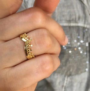 Azuni Etrusca simple wave ring in Gold - CW CW