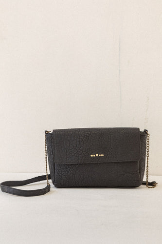 ese O ese Combined chain medium leather crossbody bag in Black - CW CW