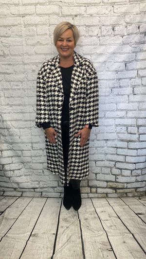 B&W Dog Tooth Design Longline Jacket