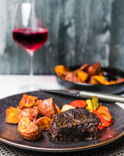 Load image into Gallery viewer, Short Rib Family Meal