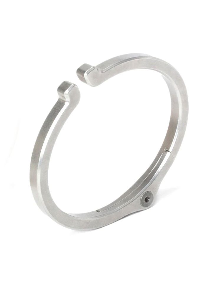 Snap Cuff in Steel