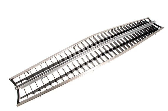 tr6-821295 Grille
