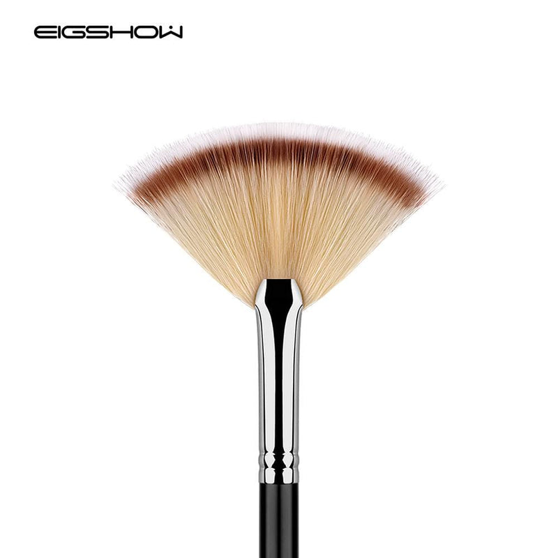 Fan Brush For Highlight