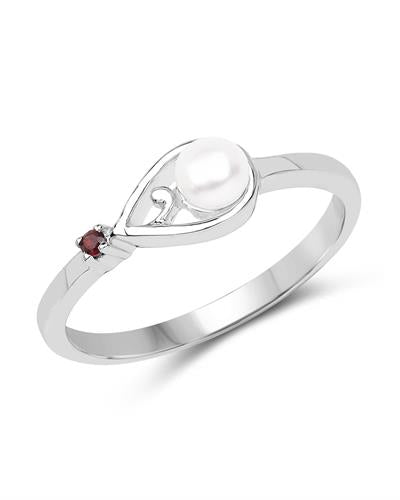 Brand New Ring with 0ctw of Precious Stones - cubic zirconia and pearl 925 Silver sterling silver