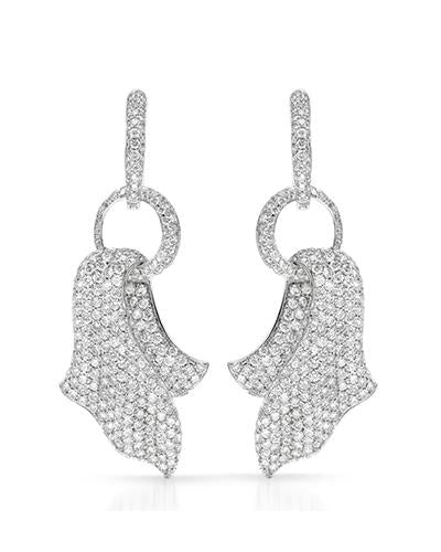 Brand New Earring with 6.06ctw diamond 18K White gold