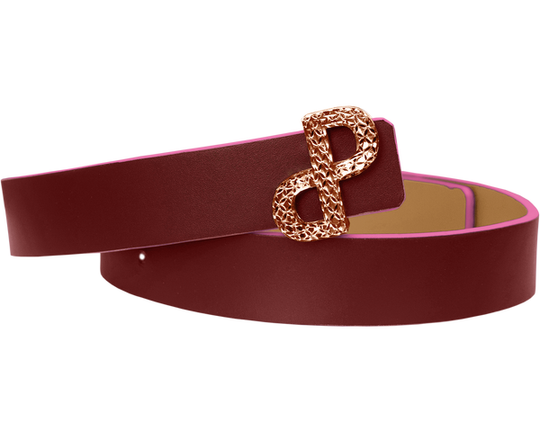 The PORSCIA YEGANEH® filigree logo is the defining detail of the CORNELIA reversible belt adding a touch of unique glamour to every styling.  All MADE IN ITALY craftsmanship
