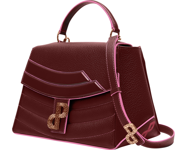 A multi-look bag in BORDEAUX lends itself to be worn throughout the day and evening